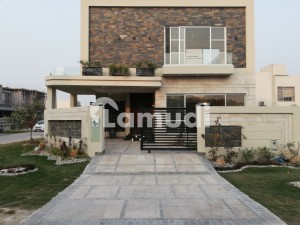 Beautiful 10 Marla Corner Side House Available In DHA Phase 8