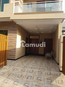 5 Marla Brand New Double Unit Bungalow For Rent In Aa Block Canal Garden