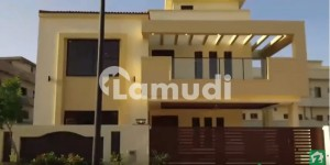 In Bahria Town House Sized 2250 Square Feet For Sale