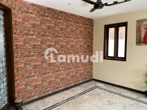 300 Yard Architectural Designed Duplex House For Rent