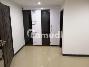 2 Bed Flat For Rent in Bahria Town