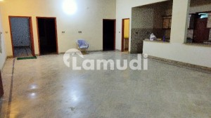 House In Gulistan-E-Jauhar Sized 4050  Square Feet Is Available