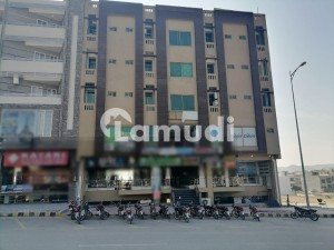 850 Square Feet Flat Ideally Situated In Citi Housing Scheme