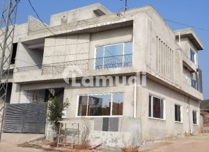10 Marla Triple Storey Corner House For Sale