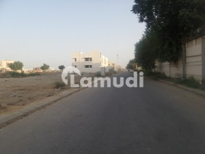 EMINENT LOCALITY 2000 YARD RESIDENTIAL PLOT IS UP FOR SELL ON 24TH STREET ZONE E PHASE 8