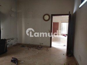 Top Class Location One Kanal Upper Portion Available For Rent In Sui Gas Housing Society