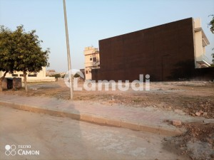 10 Marla Residential Plot for Sale Is Available Bahria town Phase 8 Rawalpindi