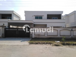 In Gulberg 1 Kanal House For Rent