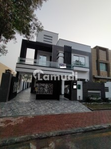 10 Marla Marvelous Bungalow For Sale In Bahria Town Lahore