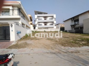 1 Kanal 50x90 Sector E South Face  Near To McDonald  Prime Location Plot For Sale
