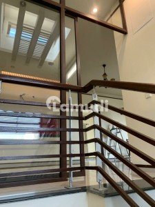 300 Yards Bungalow For Rent