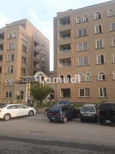 3 Bedroom Flat For Sale In F11