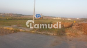 7 Marla Residential Plot No 1714 Boulevard Paid Available In Bahria Ali Block