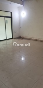 2000  Square Feet Warehouse In Gulberg For Rent
