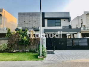 Top Location 1 Kanal Brand New Bungalow For Rent