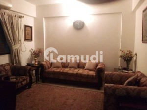2 Bedroom Flat 1st Floor For Sale