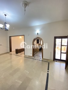 Upper portion  House Available For Rent