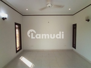 Lightly Used 100 Yards Bungalow Owner Built For Rent In Phase 7 Ext