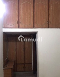 10 Marla House Available For Rent In Wapda Town