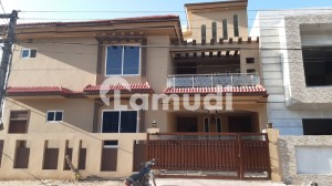 10 Marla Corner New House For Sale In Pakistan Town