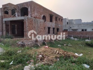 10 Marla Plot With Possession For Sale In Formanite Housing Society