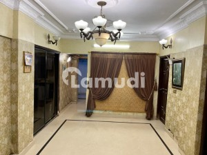 432  Square Feet Room Situated In Clifton For Rent