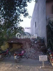11 Marla Plot For Sale In Jail Road Near To Chughtai Lab Head Office