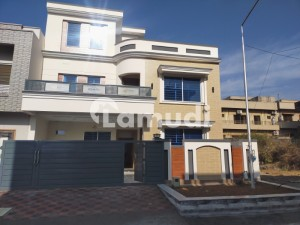 Luxury 35x70 House For Sale In G13