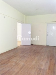 1300  Square Feet Flat Situated In Gulshan-E-Iqbal Town For Rent