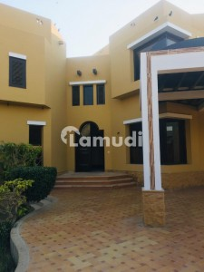 1000 Yards Owner Built Solid Bungalow