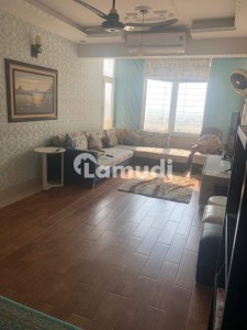 Clifton Flat Sized 2500  Square Feet