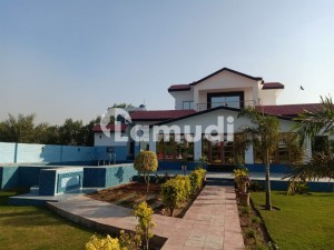 5 kanal farm house for rent in dha near by phase 7