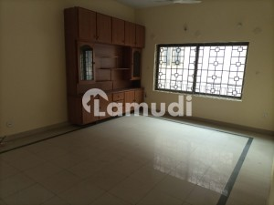 F10 3 Bedroom Upper Portion For Rent