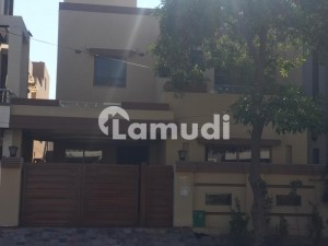 8 Marla Like a New House For Sale In Bahria Town Usman Block