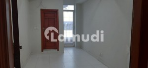 E-11 Flat Sized 700  Square Feet For Rent
