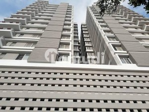 2800  Square Feet Flat Is Available For Sale In Clifton