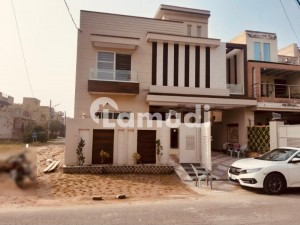 Buy A Centrally Located 2250  Square Feet House In Wapda Town