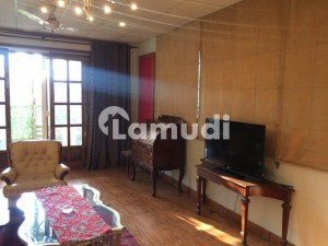 Fully Furnished One Bed Studio apartment With Living Room