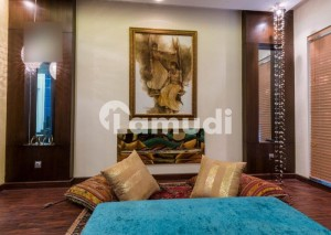 1 KANAL LUXURIOUS HOUSE AVAILABLE FOR RENT IN DHA PHASE 6