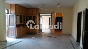 Askari 3 Top Floor Flat Available For Rent Best Location