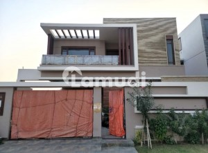 500 Yards Brand New  Top Quality Bungalow For Sale
