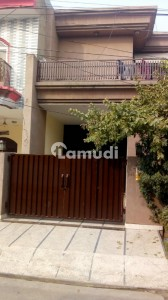 10 Marla Double Storey House For Sale - Premium Location - Faisal Town C1 Block