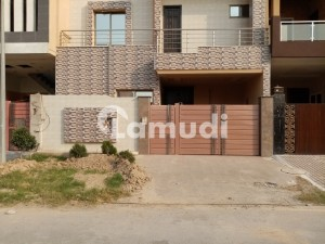 In Satiana Road House For Sale Sized 5 Marla