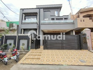10 Marla Brand New Beautiful Lower Portion With 3 Bedroom Near To Main D-block Gate