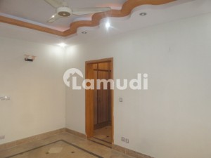 In Bahria Town Rawalpindi 800 Square Feet Flat For Rent