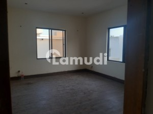 Slightly Used 500 Yards Bungalow For Sale Best Location In Phase 6