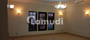 Well Maintain 1000 Yards 4 Bed Upper Portion For Rent In Phase 6
