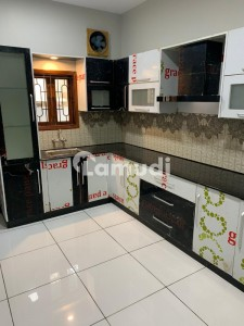 Fully Renovated Proper 2 Unit 300 Sq Yards Bungalow Best For 2 Families For Rent In Phase 4