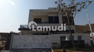 10 Marla Boulevard House For Sale In Sector Overseas 2 Phase 8 Bahria Town Rawalpindi