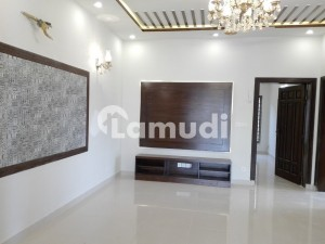 5 Marla Spacious House Available In G-10 For Sale